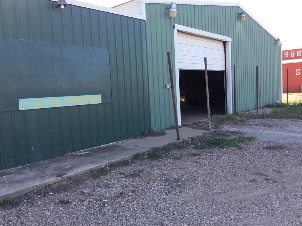 primary photo for 1211 N Swenson, Stamford, TX 79553, US