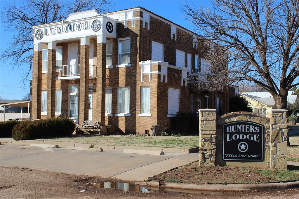 primary photo for 902 North 11th, Paducah, TX 79248, US