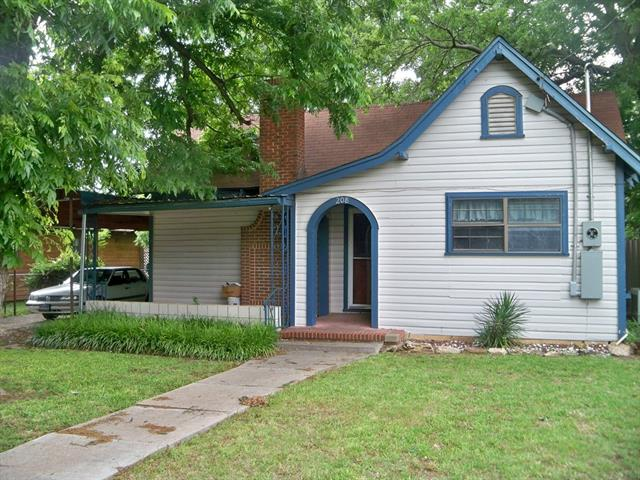 primary photo for 208 E 9th Street, Coleman, TX 76834, US