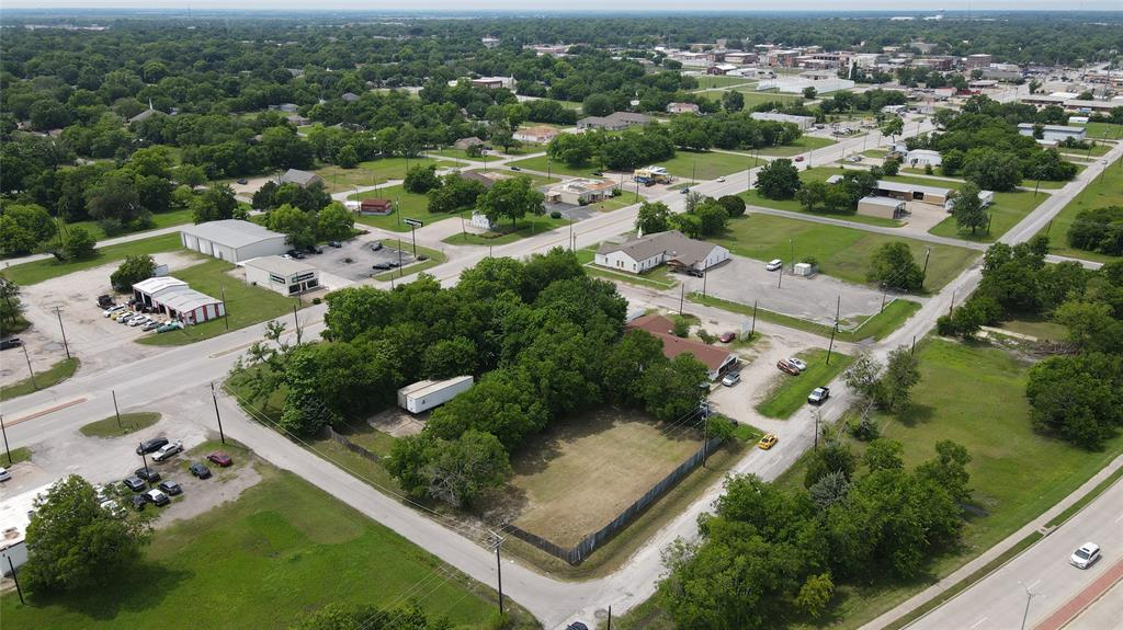 primary photo for 202 Crescent Street, Terrell, TX 75160, US