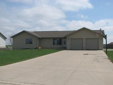 Real Estate for Sale, ListingId: 23476618, Sioux Center, IA  51250
