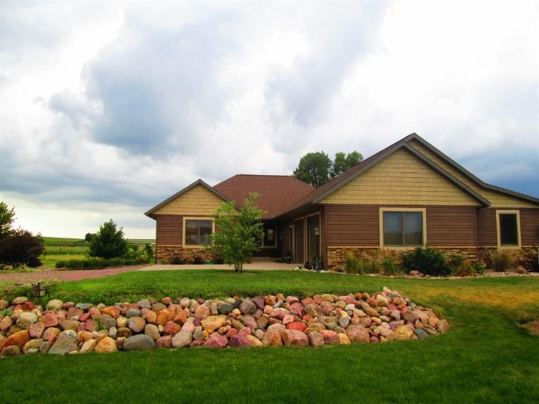 Real Estate for Sale, ListingId: 27382157, Alton,IA51003