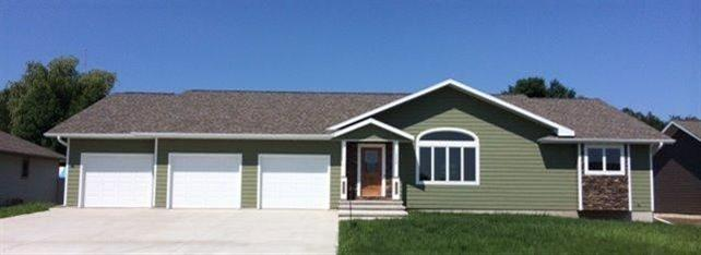 Real Estate for Sale, ListingId: 27358081, Sioux Center,IA51250