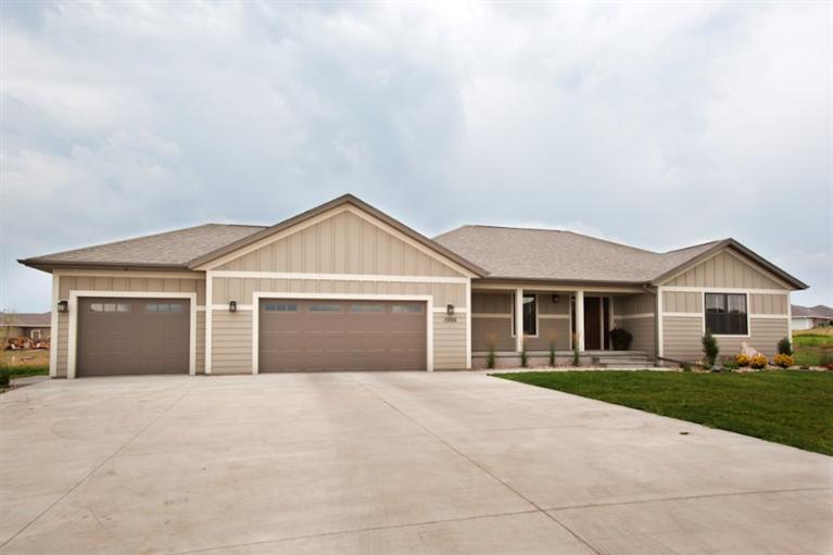 Real Estate for Sale, ListingId: 31241262, Sioux Center,IA51250