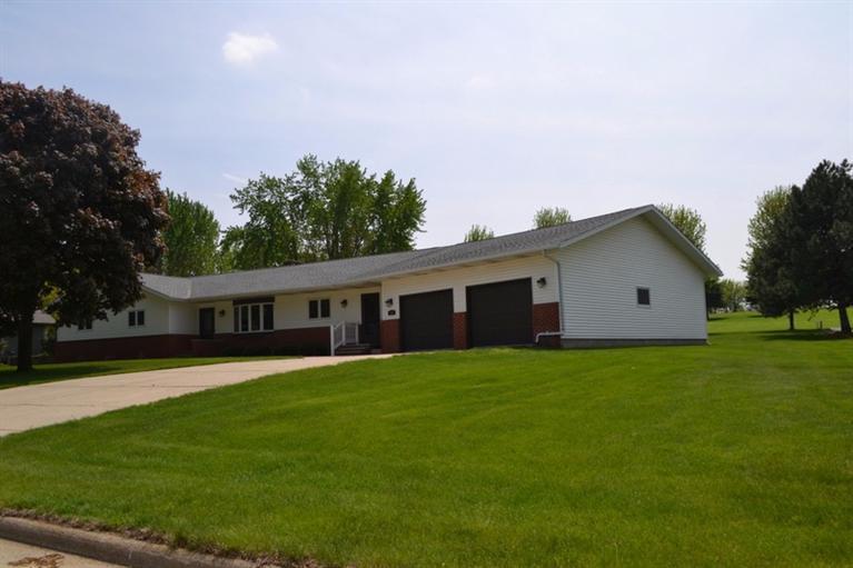 Real Estate for Sale, ListingId: 31855394, Rock Valley,IA51247