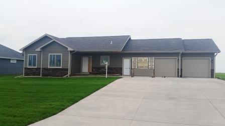 Real Estate for Sale, ListingId: 33397873, Sioux Center,IA51250