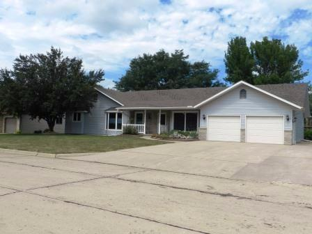Photo of 1106 2nd Street  Sioux Center  IA