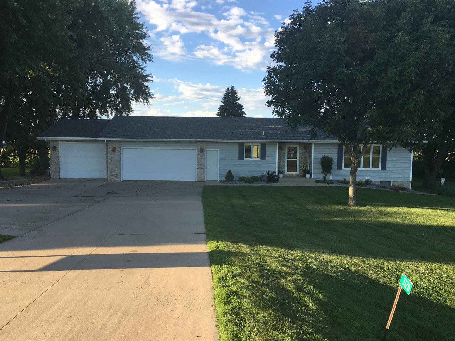 Photo of 3120 370th Street  Sioux Center  IA