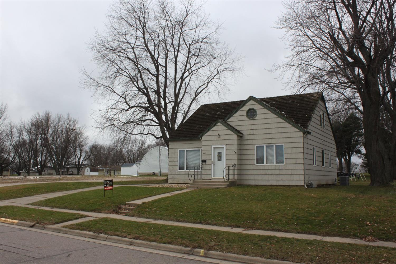 Photo of 537 1st Avenue  Sioux Center  IA