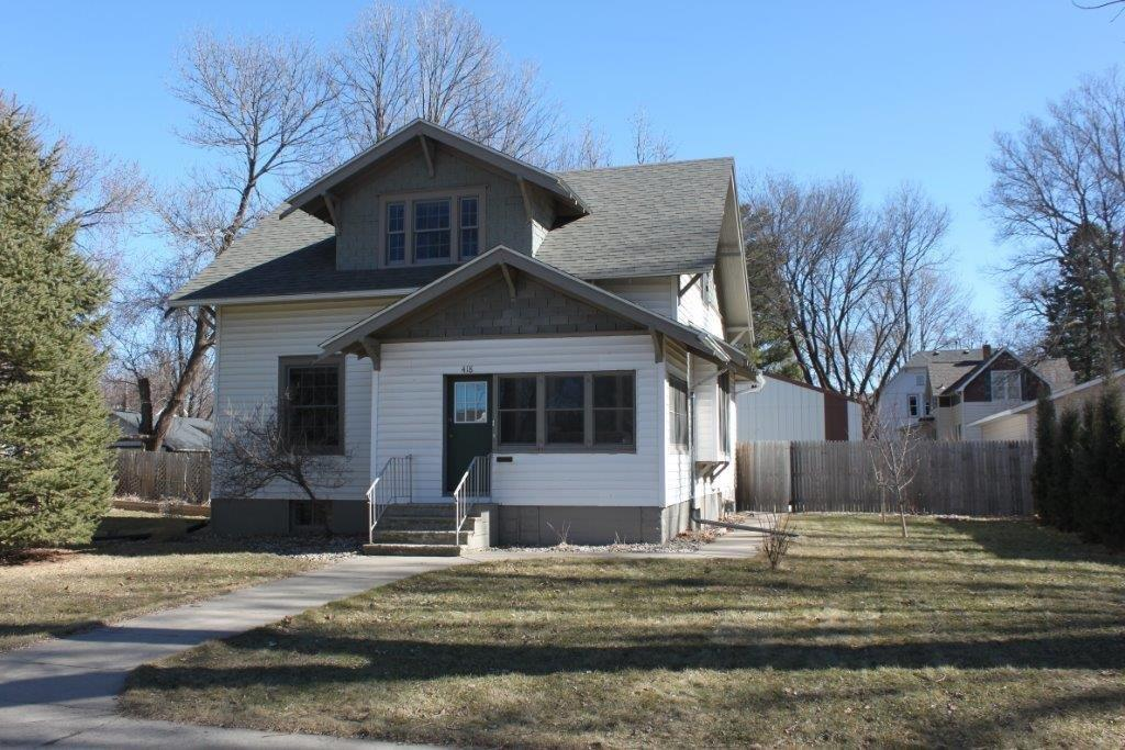 Photo of 418 2nd Avenue  Sioux Center  IA