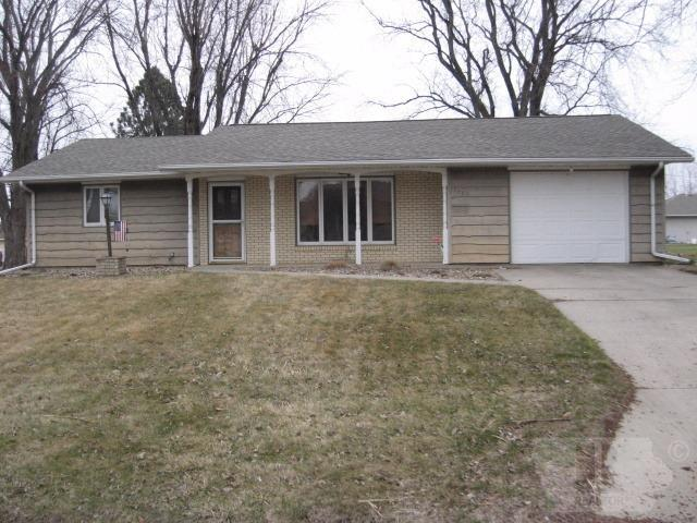 Photo of 1203 6th Street  Hull  IA