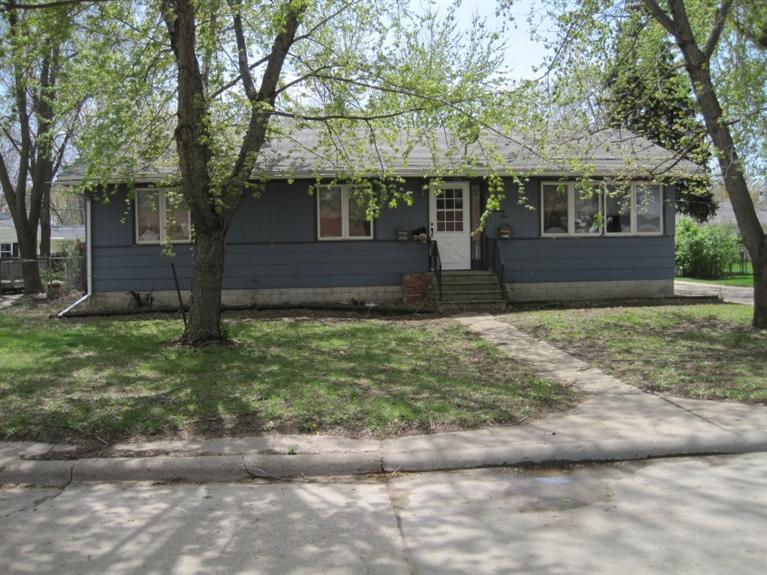 Photo of 121 Ridgeview Drive  Cherokee  IA