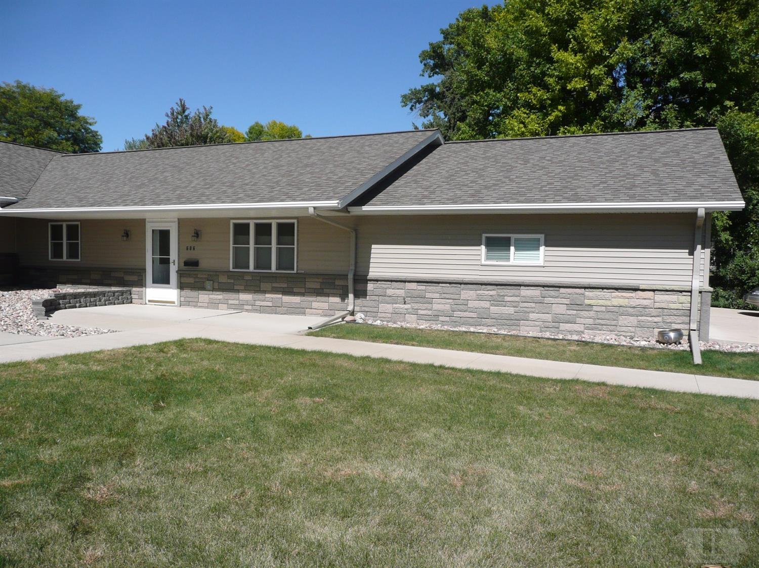 Photo of 606 3rd Avenue  Alton  IA