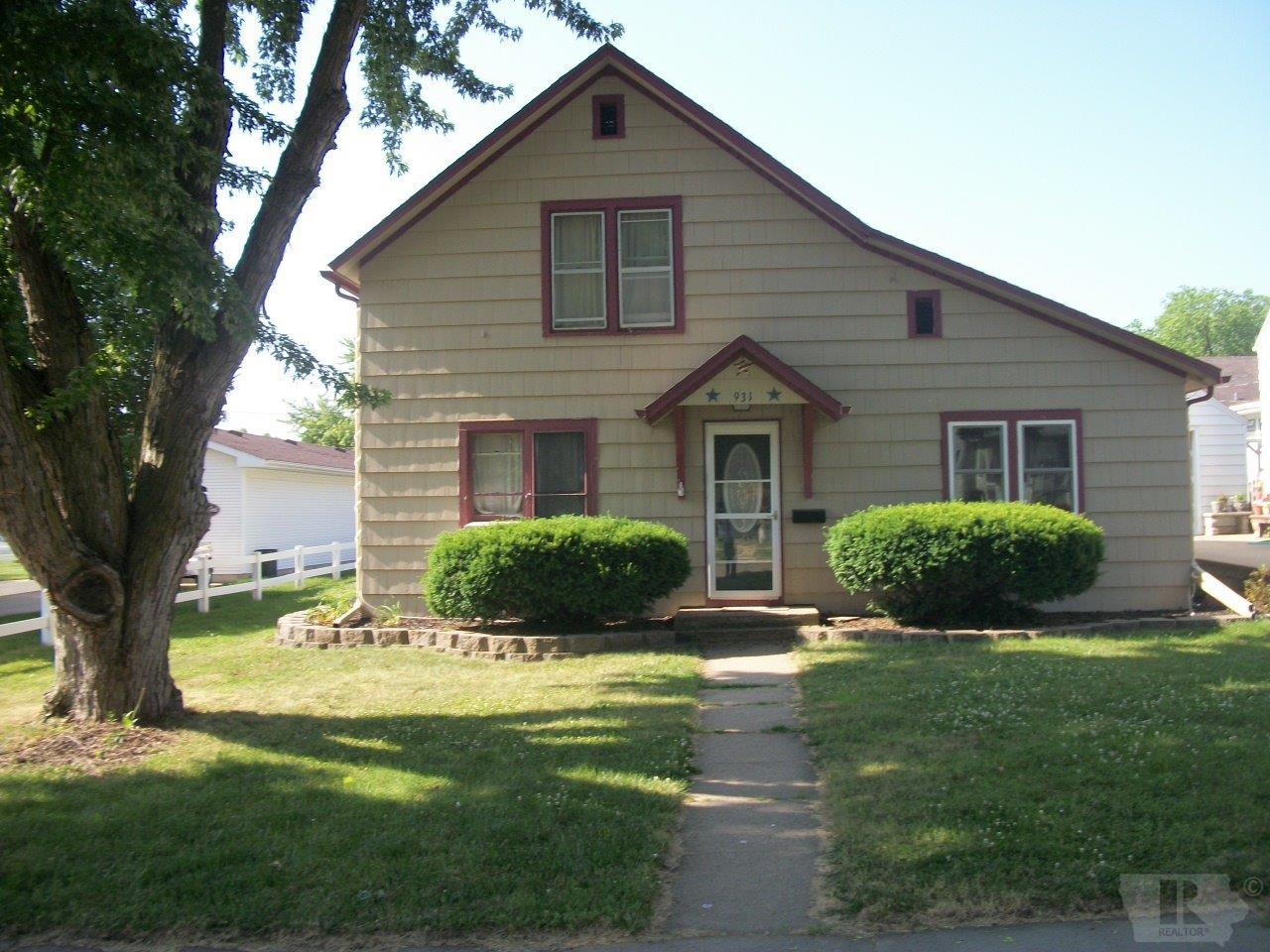 Photo of 931 West Cherry Street  Cherokee  IA