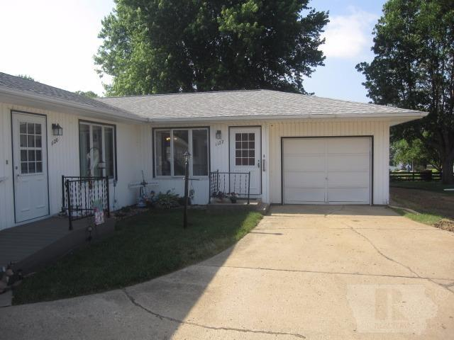 Photo of 1122 1st Avenue Southeast  Sioux Center  IA
