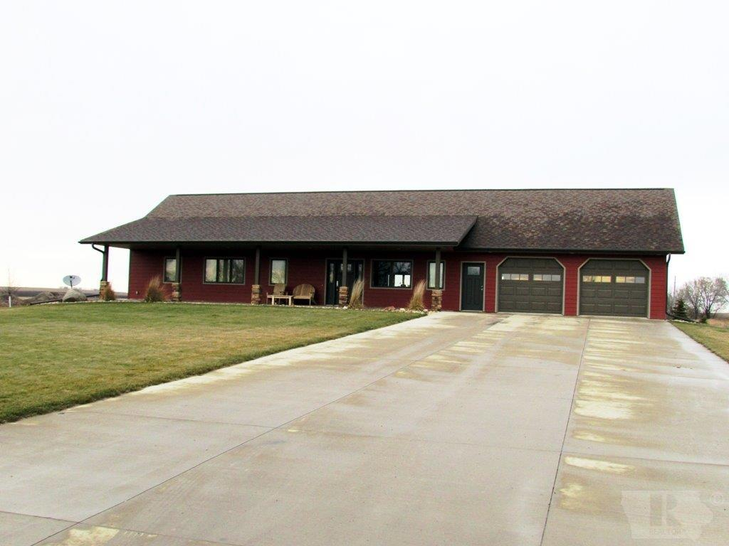 Photo of 101 Andrews Court  Alton  IA