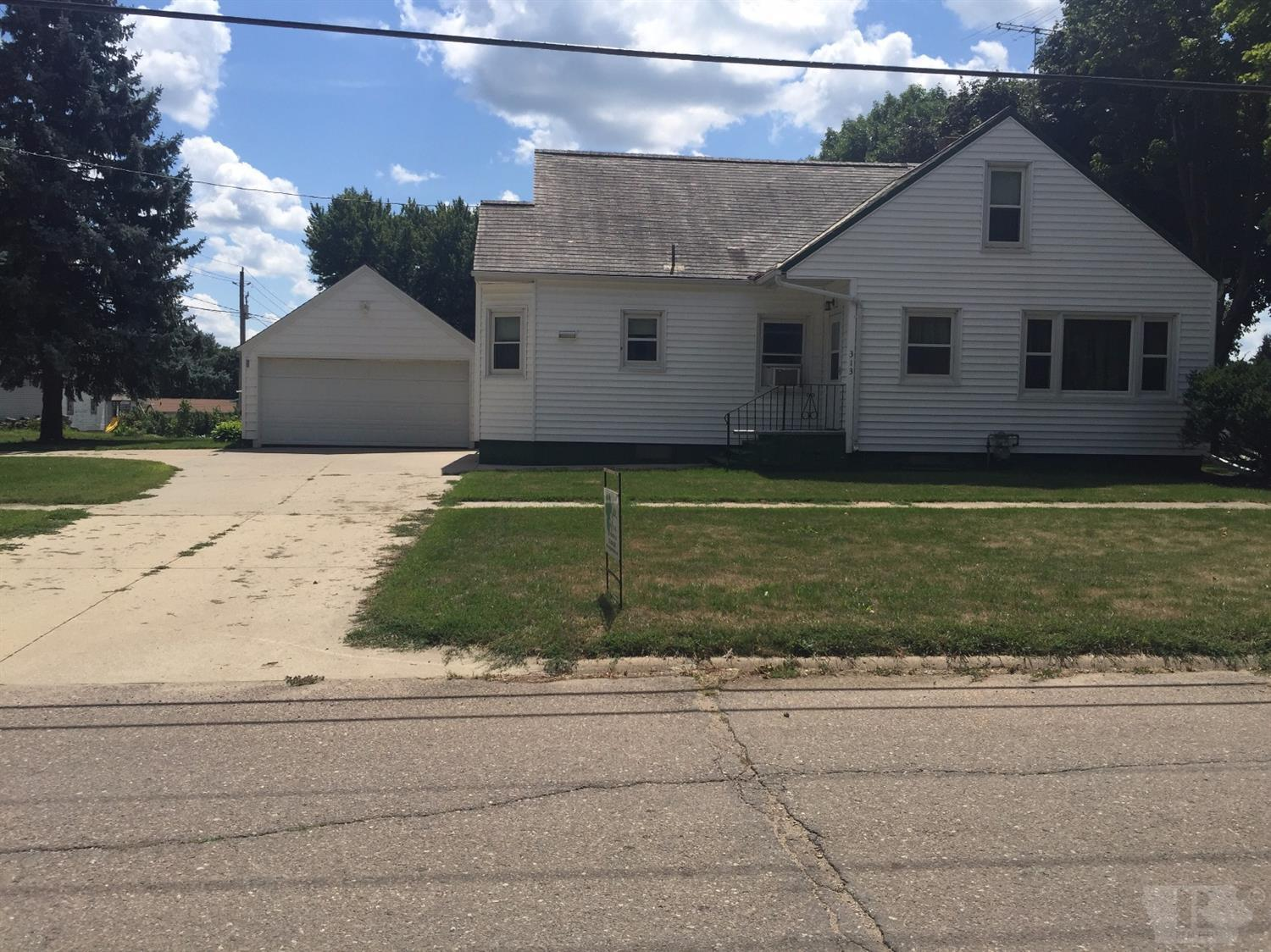 Photo of 313 West Second  Holstein  IA