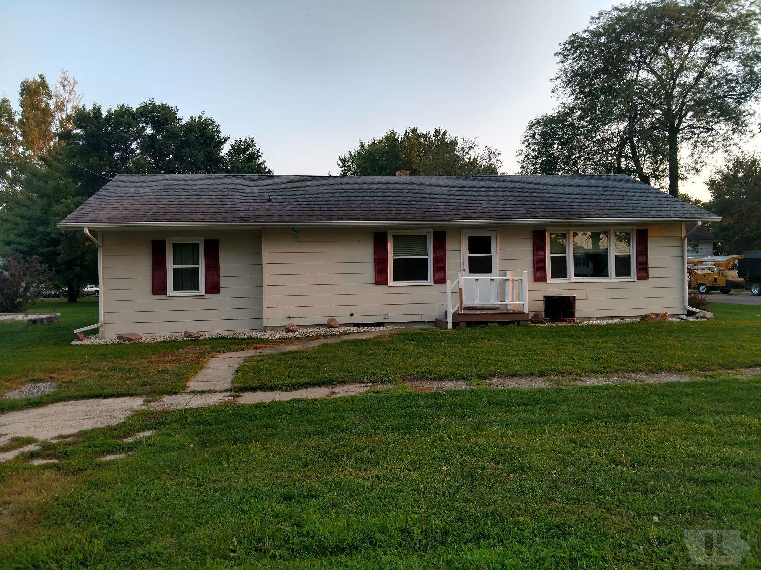Photo of 213 3rd Street  Calumet  IA