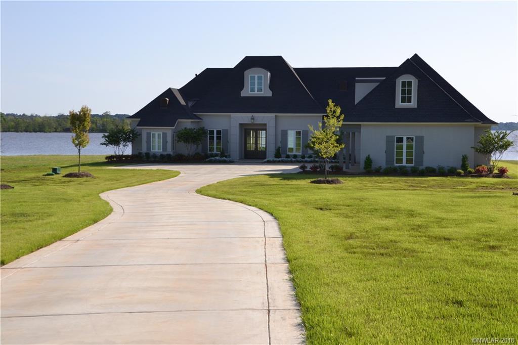 5789 Cross Lake Point Drive, Shreveport, Louisiana