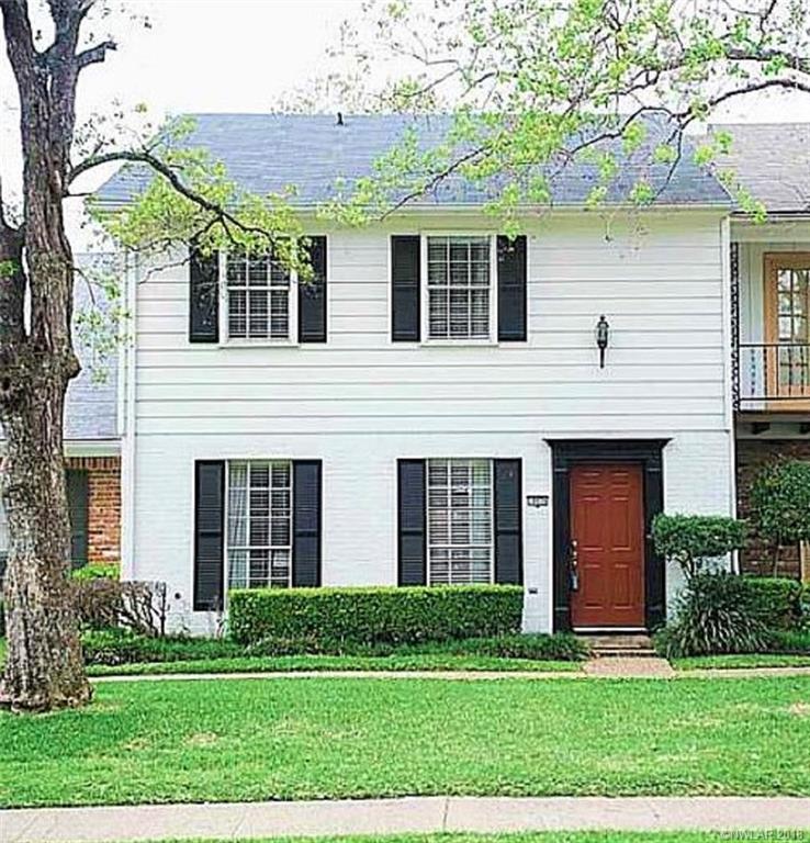 One of Shreveport 3 Bedroom Homes for Sale at 10026 Stratmore