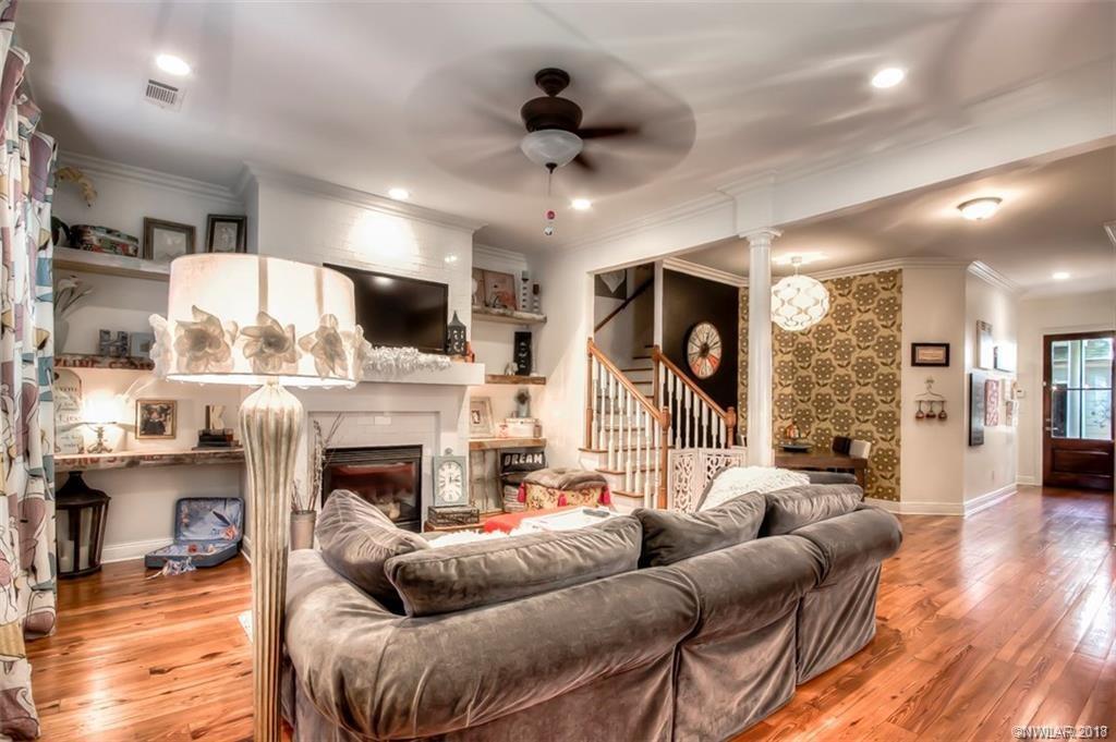 1036 Sunshine Lane, one of homes for sale in Shreveport