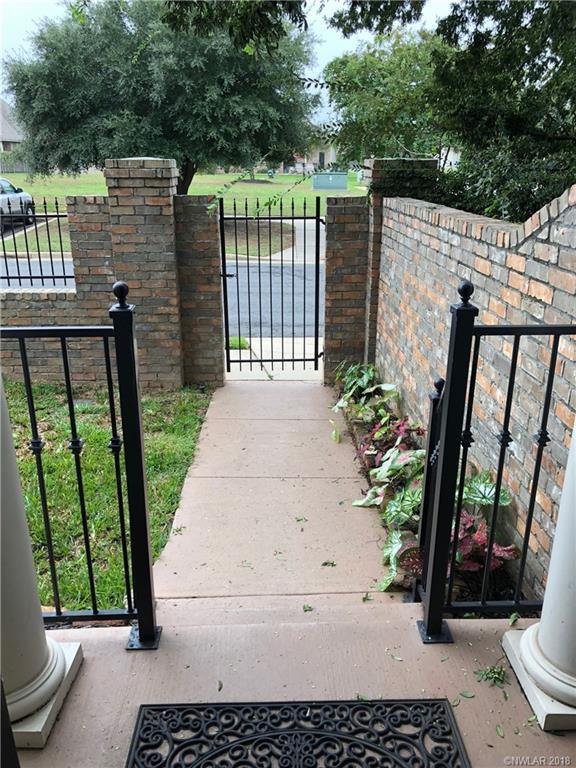 1056 Sunshine Lane, one of homes for sale in Shreveport