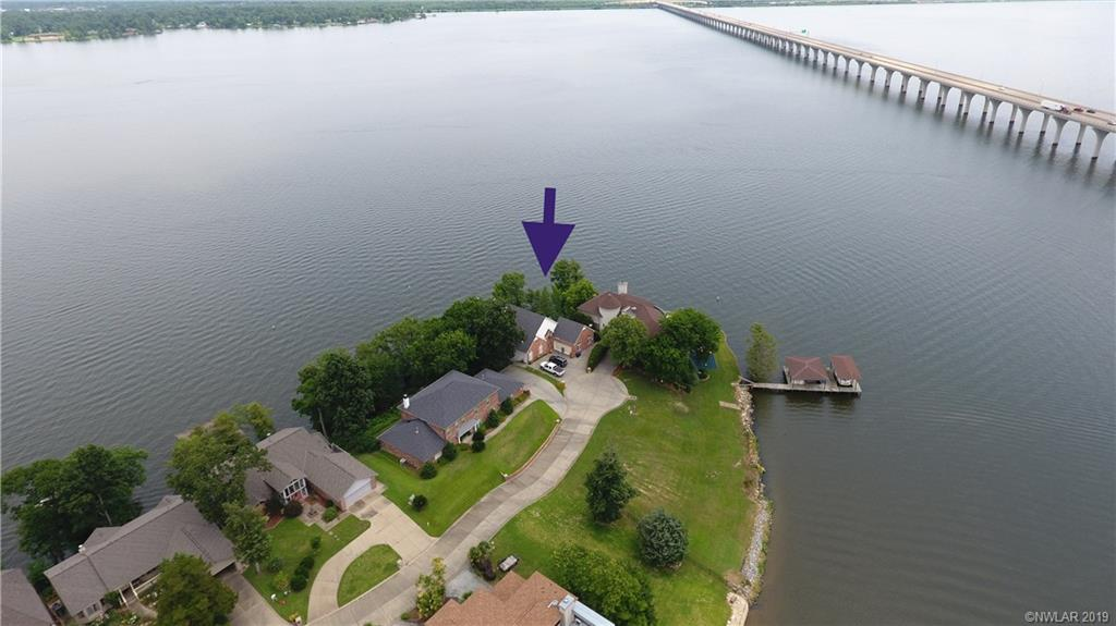 6 Lake Pointe Place, Shreveport, Louisiana