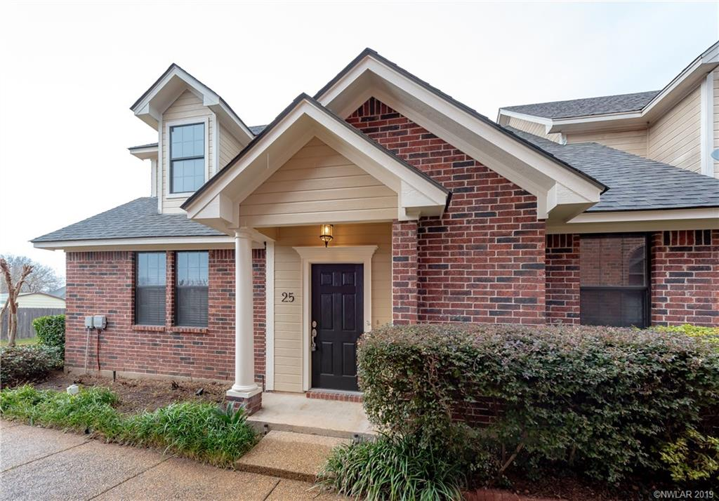 25 Meadow Creek Drive, one of homes for sale in Bossier City
