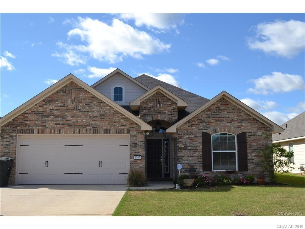 One of Bossier City 3 Bedroom Homes for Sale at 1707 Avondale Court