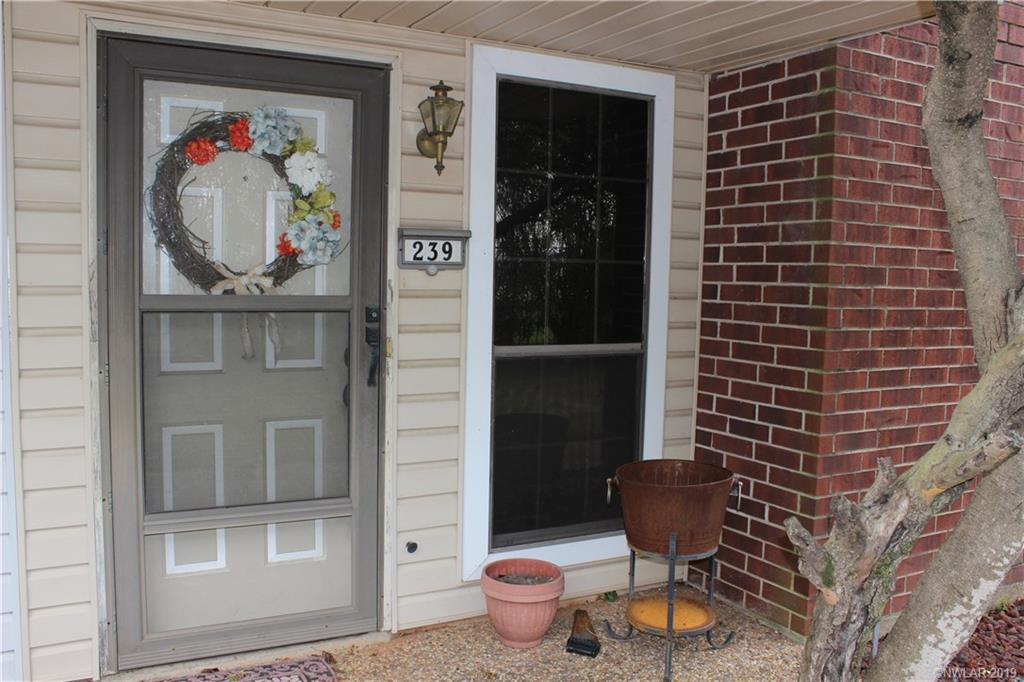 3634 Greenacres Place Drive, one of homes for sale in Bossier City