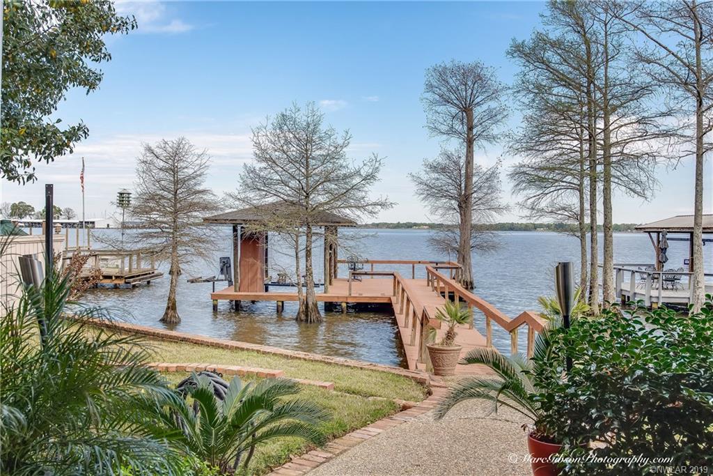 5723 Lakefront Drive, Shreveport, Louisiana