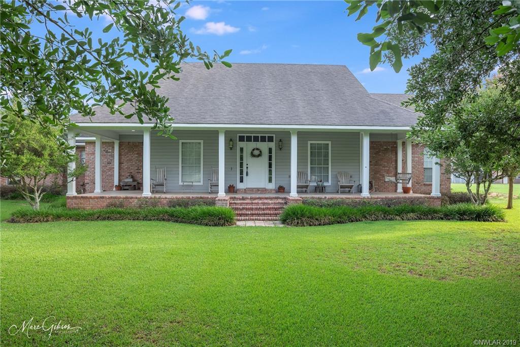 5050 Swan Lake Drive, Bossier City, Louisiana