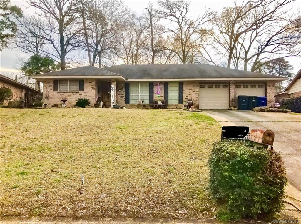 One of Shreveport 3 Bedroom Homes for Sale at 1139 Running Brook Drive