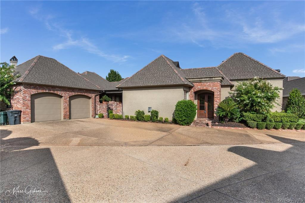 107 Calais Court, Bossier City, Louisiana