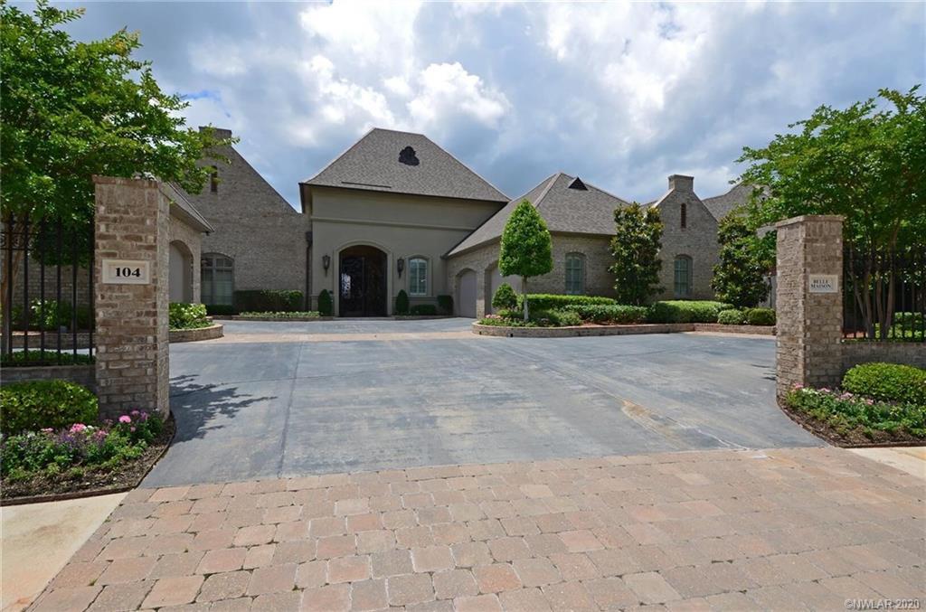 104 Belle Maison Court, Bossier City, Louisiana