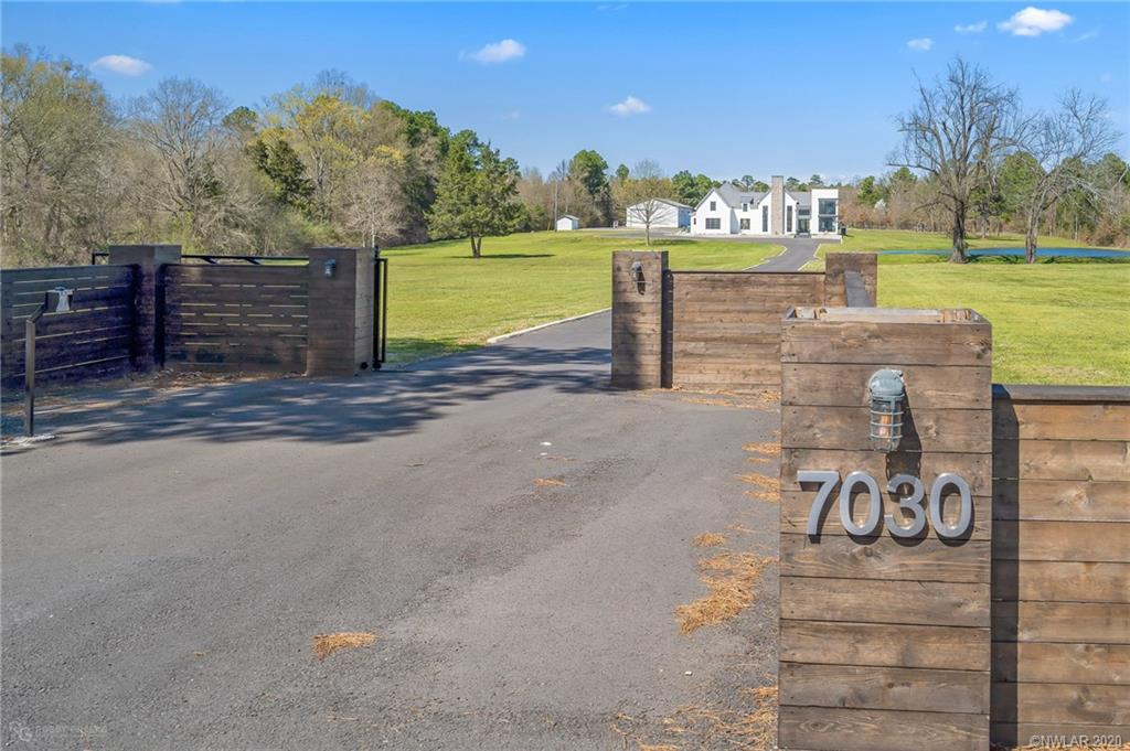 7030 N Lakeshore Drive, one of homes for sale in Shreveport