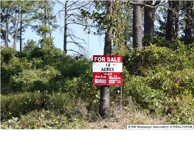 10.2 acres by Senatobia, Mississippi for sale
