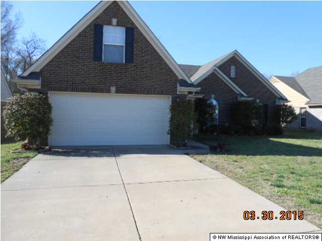 2331 Pappy Ln, Horn Lake, MS 38637