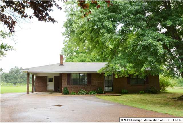 1797 Sycamore Rd, Coldwater, MS 38618