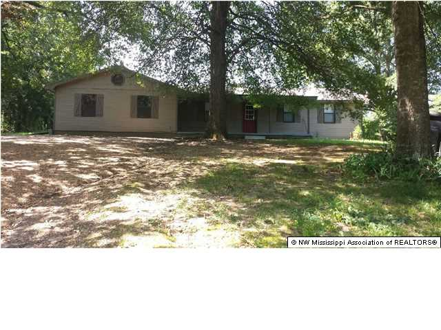 282 Wallace Dr, Coldwater, MS 38618