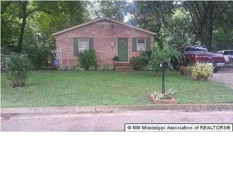 Photo of 325 E Valley  Holly Springs  MS