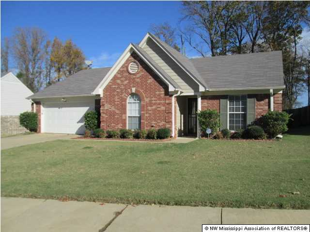 7182 Willow Point Dr, Horn Lake, MS 38637