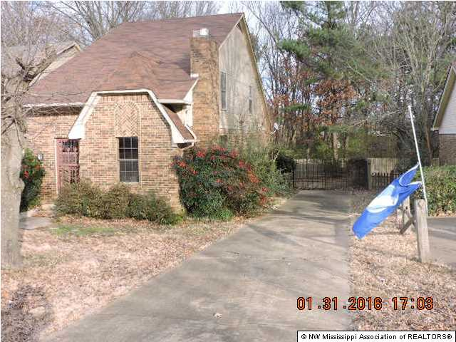6916 Maury Dr, Olive Branch, MS 38654