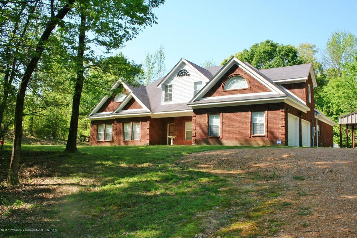 3771 Stage Rd, Coldwater, MS 38618