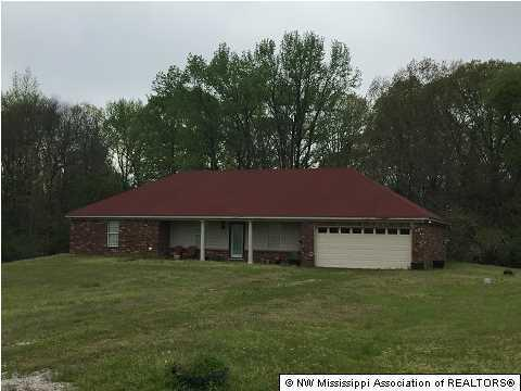 1621 Isom Chapel Rd, Holly Springs, MS 38635
