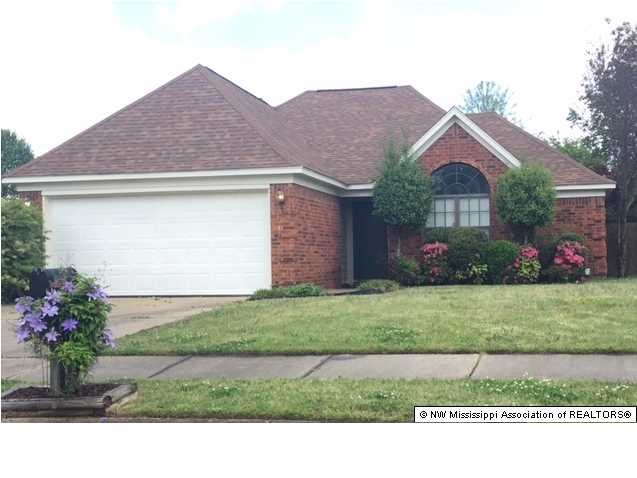 10824 Ridgefield Dr, Olive Branch, MS 38654