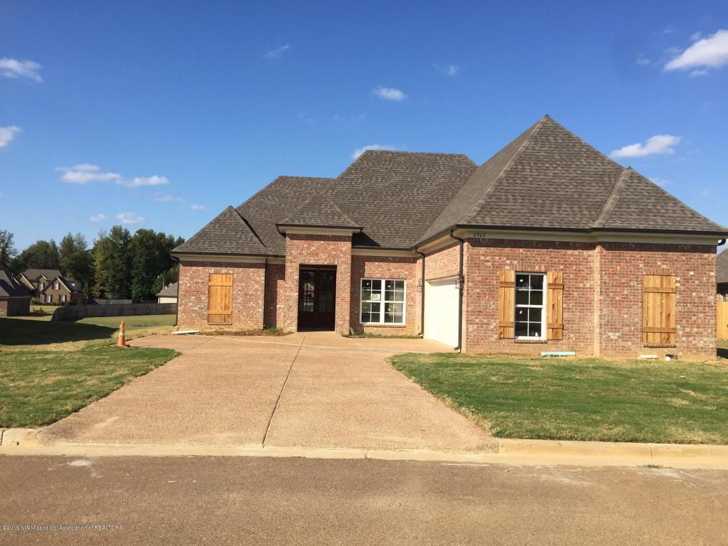 Photo of 2922 Chattering Lane  Southaven  MS