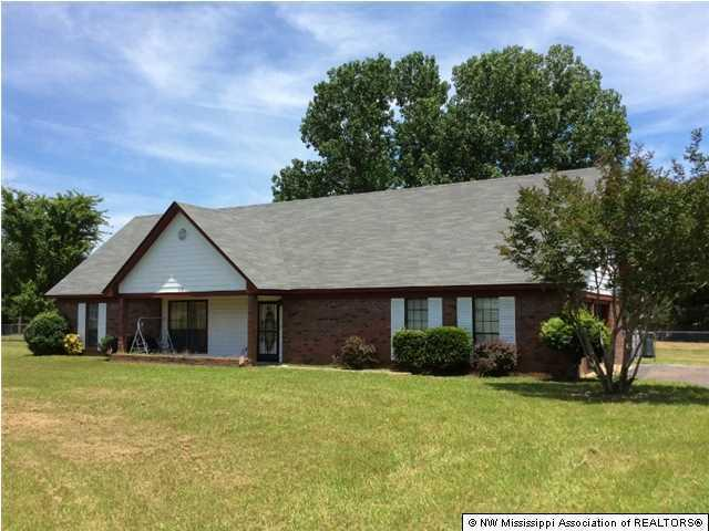 928 Palestine Rd, Coldwater, MS 38618