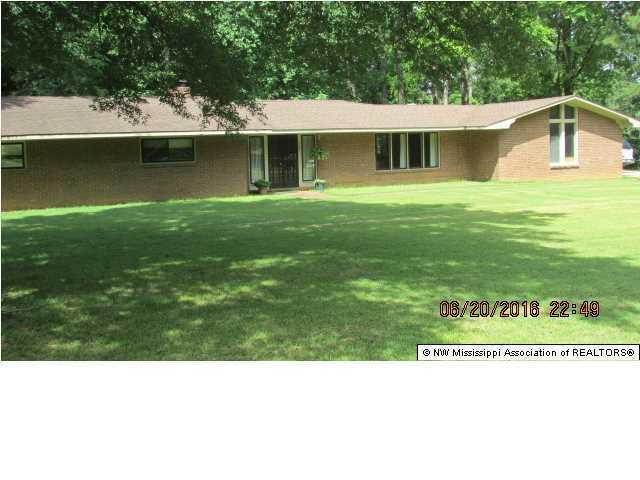 360 Cedar Hills Rd, Holly Springs, MS 38635