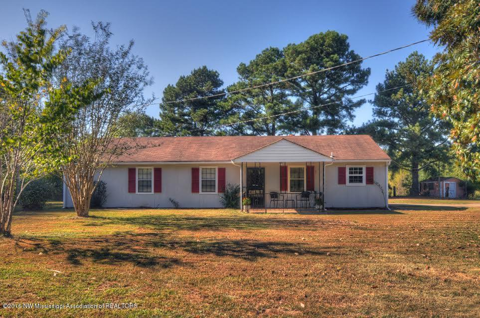 Photo of 343 WILDWOOD Road  Holly Springs  MS